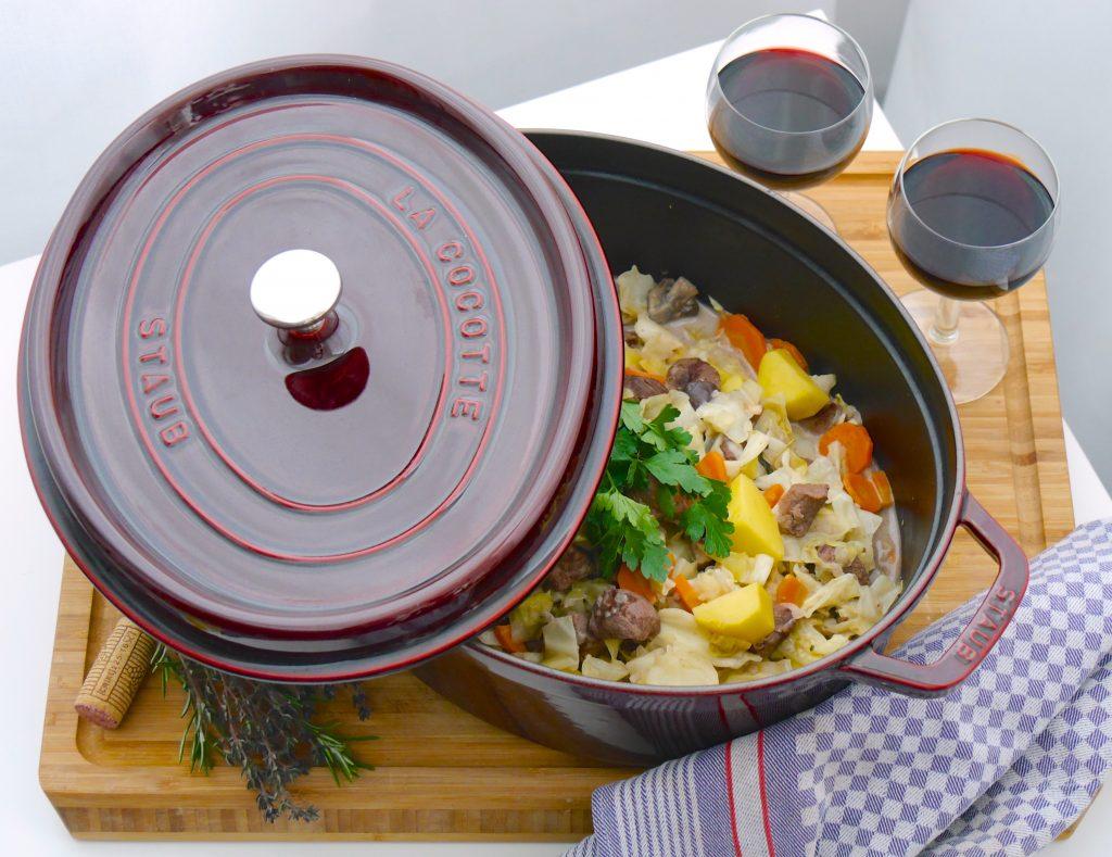 schmoren mit glanz und geschmack la cocotte von staub good food blog. Black Bedroom Furniture Sets. Home Design Ideas