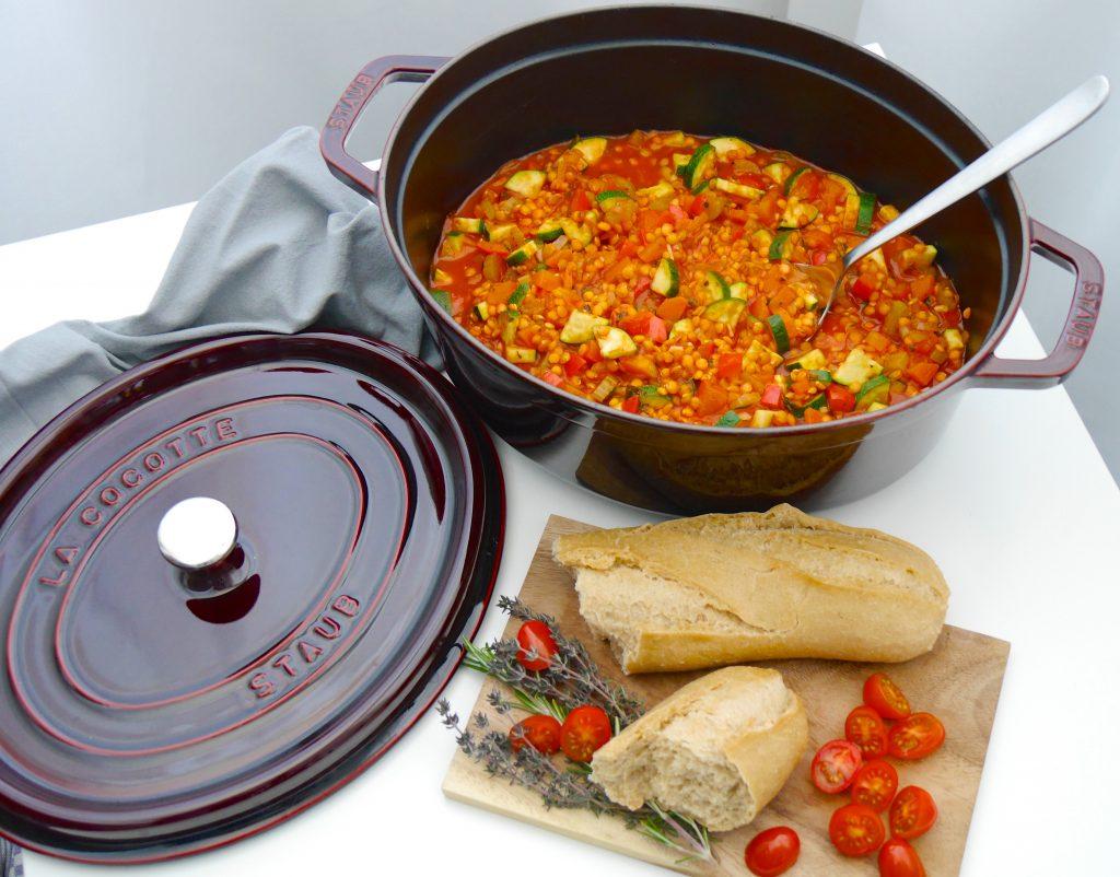La Cocotte: Gemüse-Schmortopf mit roten Linsen_4   Rezept Dr. Alexa Iwan
