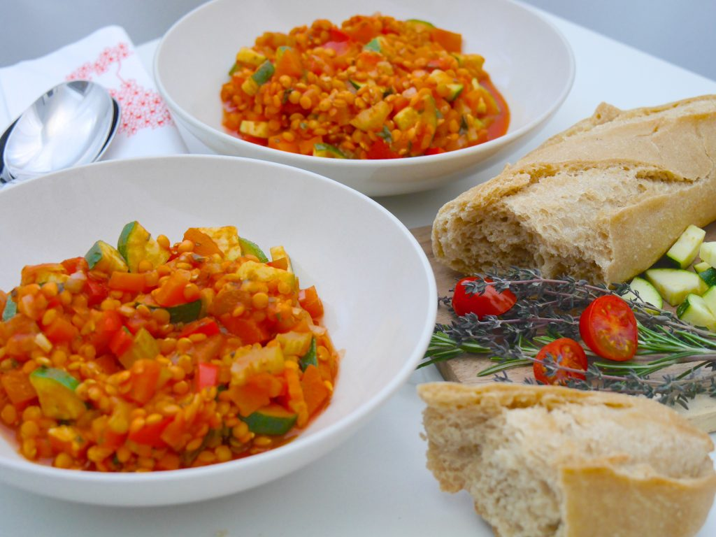 La Cocotte: Gemüse-Schmortopf mit roten Linsen_10 | Rezept Dr. Alexa Iwan