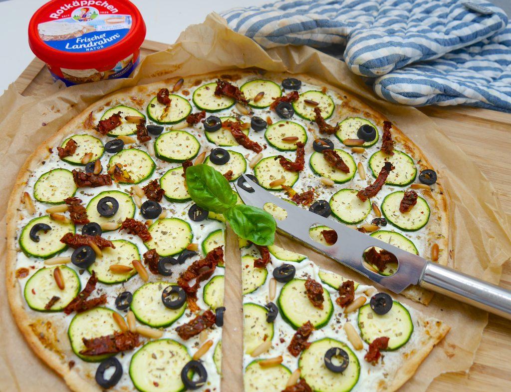 Vegetarischer, laktosefreier Flammkuchen_1   Rezept Dr. Alexa Iwan