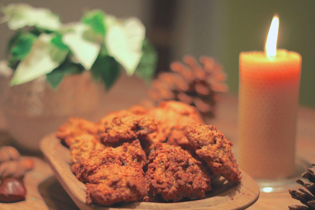 Gesunde Weihnachtsplätzchen – Kürbis-Schoko-Häufchen