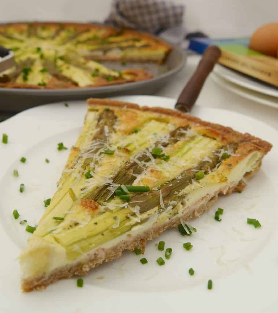 Spargelquiche by Dr. Alexa Iwan