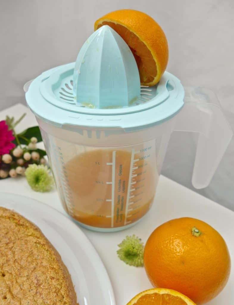 Zitruspresse inkl. Messkanne von keeeper zum Rezept Süßkartoffel-Kuchen von Dr. Alexa Iwan