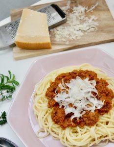 Spaghetti à la bolognese mit Gemüse-Kick by Dr. Alexa Iwan