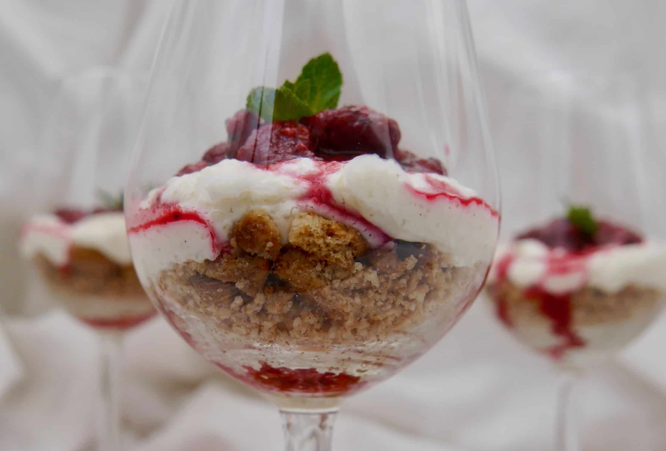 Cheesecake im Glas by Dr. Alexa Iwan