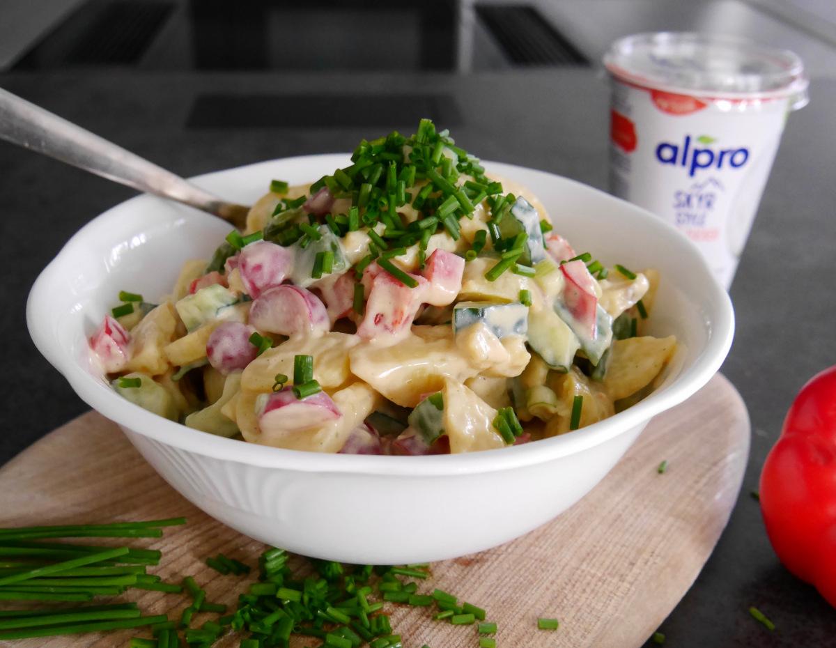 Kartoffelsalat mit Alpro Skyr Style und weniger Zucker